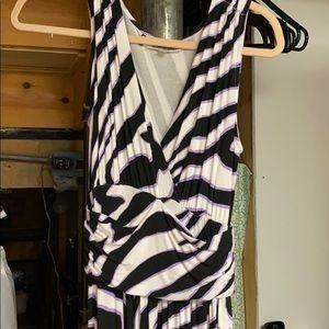 Beautiful never worn jennifer lopez dress